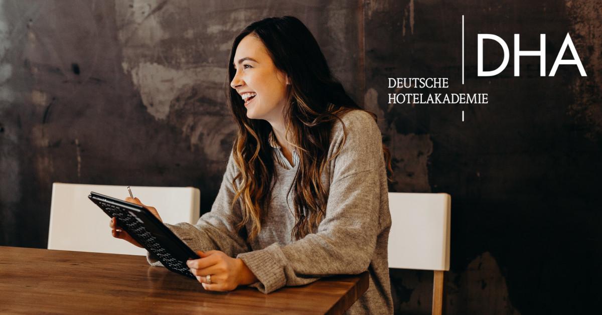 Deutsche Hotelakademie intensiviert kostenfreies Weiterbildungsangebot